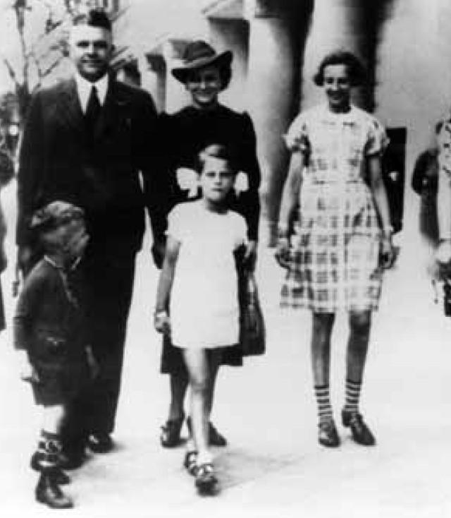 Familie Wirtz - Mildred Scheels Jugend