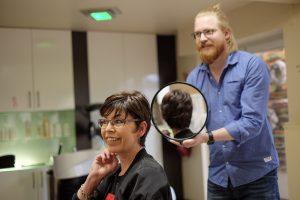Haare spenden - Echthaarperücke