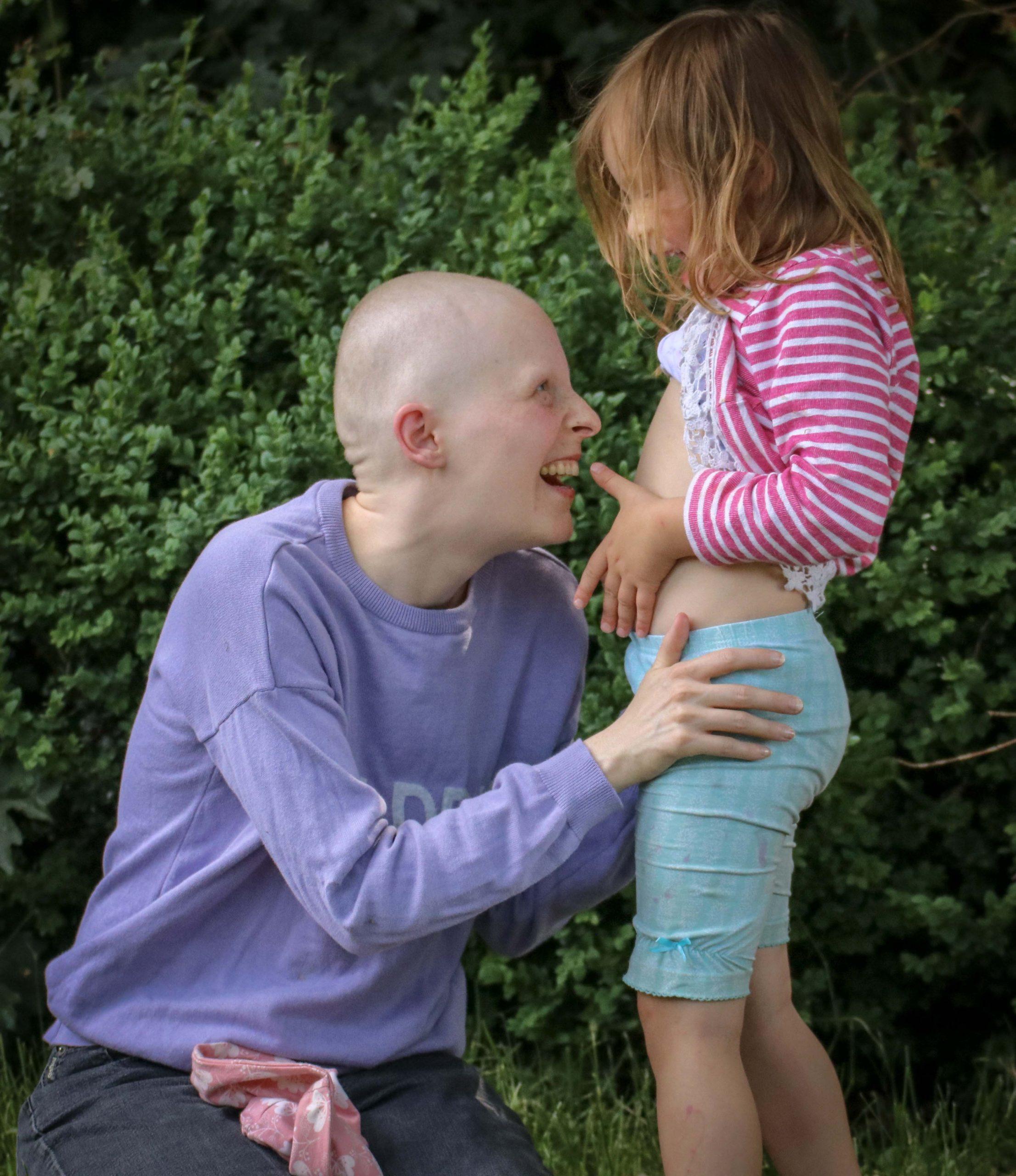 Mandy und ihr Mann binden ihre Kinder in die Therapie ein