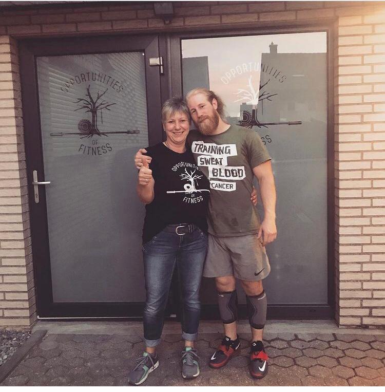 Rene de Byl mit seiner Mutter